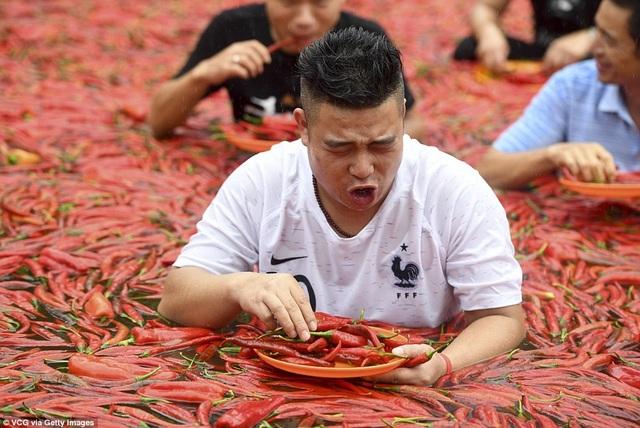 Cuộc thi ăn ớt diễn ra thường niên ở Trung Quốc, thu hút rất đông du khách và dân địa phương tới hưởng ứng vì tính độc đáo