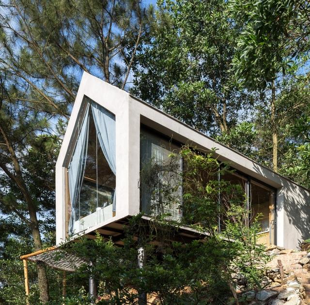 """Đẹp lạ ngôi nhà """"tránh nóng"""" giữa rừng cây ngay rìa Thủ đô - 1"""