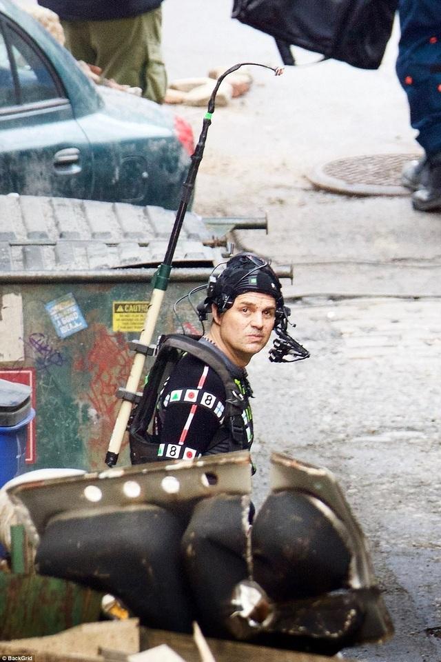 Mark Ruffalo (50 tuổi) nhập vai Người khổng lồ xanh, tạo hình của Mark sẽ được thực hiện trên máy tính.