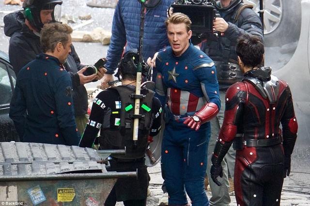 """Hoạt động quay phim cho phần mới """"Avengers 4"""" đã bắt đầu được thực hiện từ tháng 8/2017. Phim dự kiến ra mắt tháng 5/2019."""