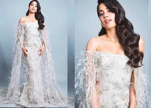 Người đẹp 21 tuổi này là một trong những sao mặc đẹp nhất trên thảm đỏ Vogue Beauty Awards