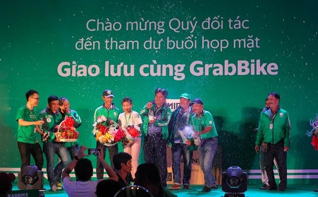 """Theo anh Lễ, GrabBike là một """"đại gia đình"""" đoàn kết với những anh chị em sẵn sàng hỗ trợ nhau mỗi lúc cần"""