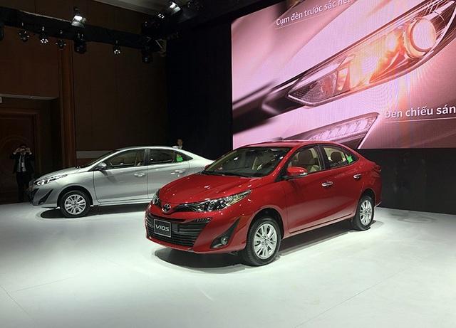 Toyota Vios thế hệ mới có thiết kế ngoại thất hoàn toàn khác biệt so với thế hệ cũ