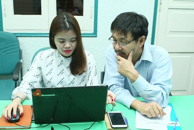 PGS.TS Trần Văn Tớp, Phó Hiệu trưởng trường ĐH Bách khoa Hà Nội đang trả lời câu hỏi của bạn đọc báo Dân trí.