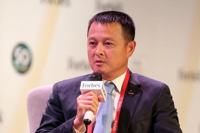 """ông Đặng Minh Trường – CEO Tập đoàn Sun Group ở cuộc Tọa đàm """"Xây dựng tương lai bền vững trong ngành du lịch"""", tại Diễn đàn kinh doanh Forbes 2018 diễn ra mới đây."""