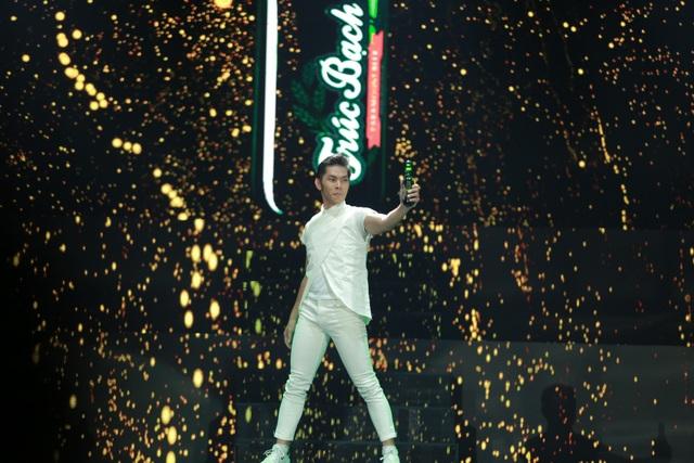 Phần ra mắt nhận diện thương hiệu mới đầy ấn tượng của Bia Trúc Bạch tại đêm nhạc