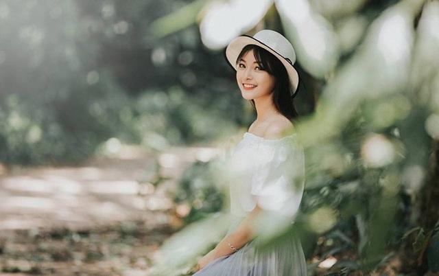 """Á khôi Tài sắc Việt Nam 2018: """"Hành động âu yếm nơi công cộng là không chấp nhận được"""" - 9"""
