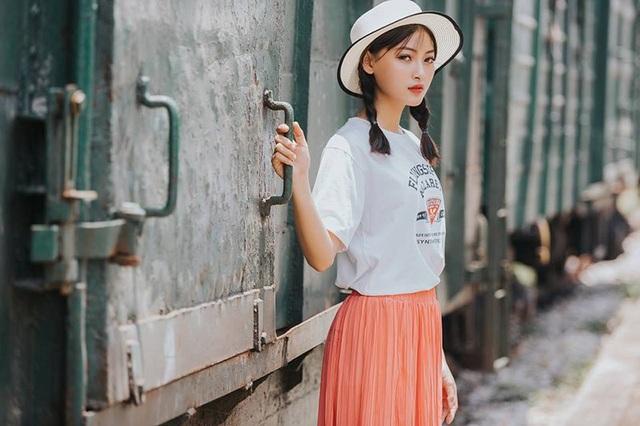 """Á khôi Tài sắc Việt Nam 2018: """"Hành động âu yếm nơi công cộng là không chấp nhận được"""" - 8"""