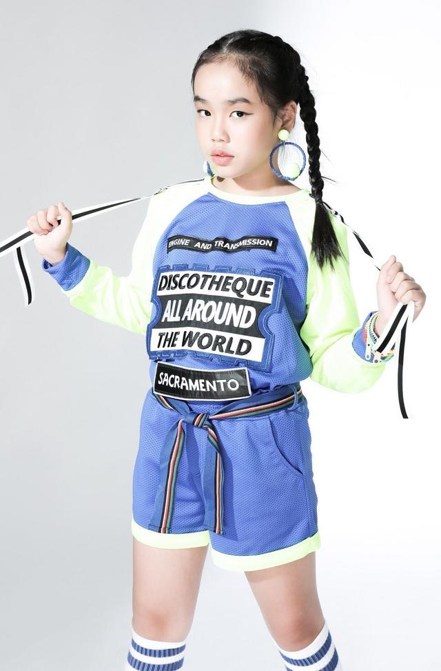 Ngắm dàn mẫu Việt nhí chuẩn bị trình diễn tại Ngôi sao tài năng quốc tế - 13