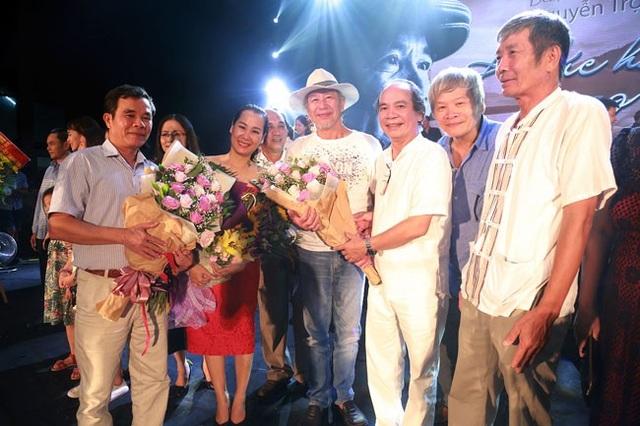 Xúc động đêm nhạc Nguyễn Trọng Tạo tại quê nhà xứ Nghệ - 16
