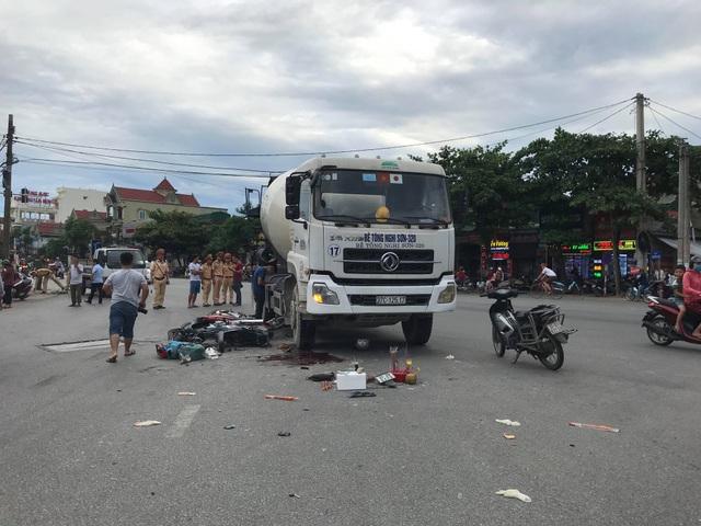 Hiện trường vụ tai nạn khiến người phụ nữ tử vong.