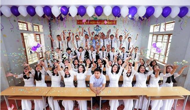 Lớp 12A1 THPT Đô Lương III có 100% học sinh đậu đại học.