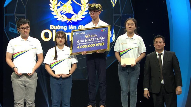 Tô Thanh Phong (THPT Hùng Vương - Bình Thuận) giành vòng nguyệt quế