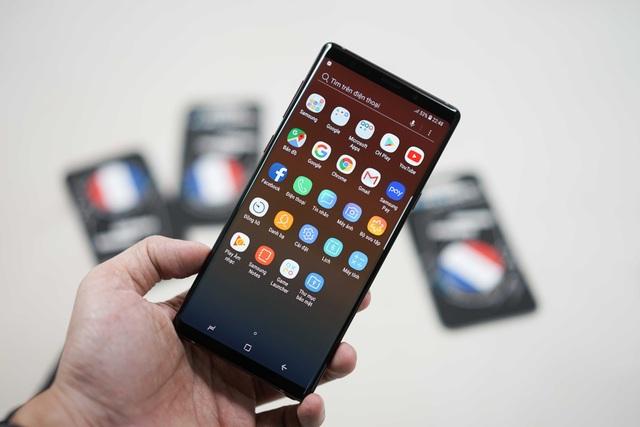 """Bài 1: Galaxy Note9 """"đọ"""" thiết kế cùng Oppo Find X - 2"""