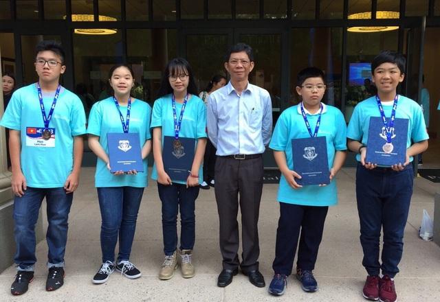 5 học sinh giành huy chương tại chung kết cuộc thi Toán học thế giới WMO 2018