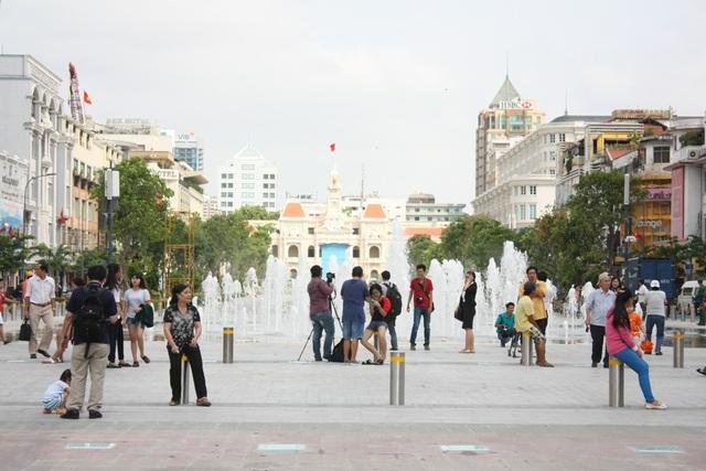 TPHCM muốn mở rộng không gian đi bộ ở khu vực trung tâm thành phố, bắt đầu từ phố đi bộ Nguyễn Huệ