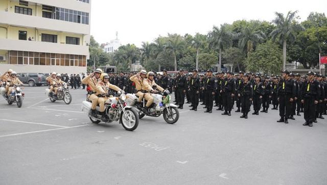 Lực lượng Công an TP Hà Nội trong một đợt ra quân. Ảnh: Hải Linh