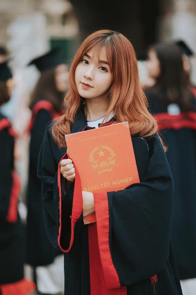 Hiện nay, Khánh Hà đang là sinh viên lớp Anh 7, khoa Tài chính Quốc tế K53, ĐH Ngoại thương Hà Nội.