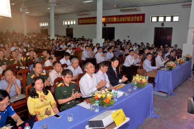 Quang cảnh Đại hội Toán học Việt Nam lần thứ IX.