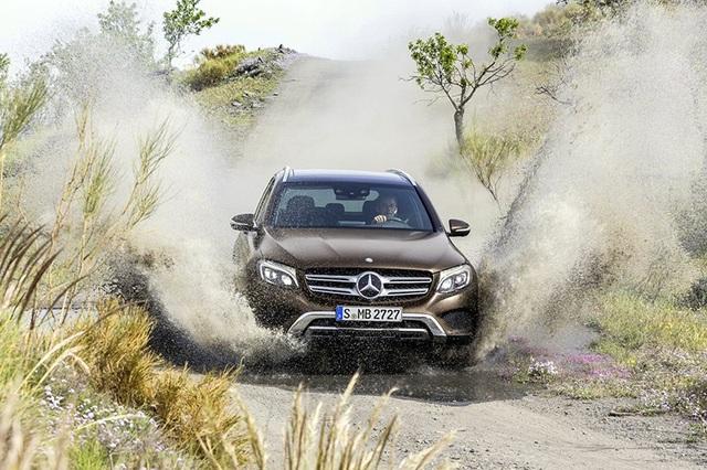 Một hình ảnh chính thức của Mercedes-Benz khi giới thiệu về mẫu xe hoàn toàn mới GLC vào năm 2016.