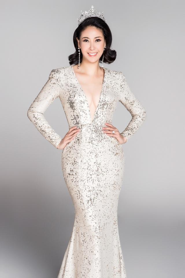 Hà Kiều Anh từng khóc rơi cả lông mi khi đăng quang Hoa hậu.