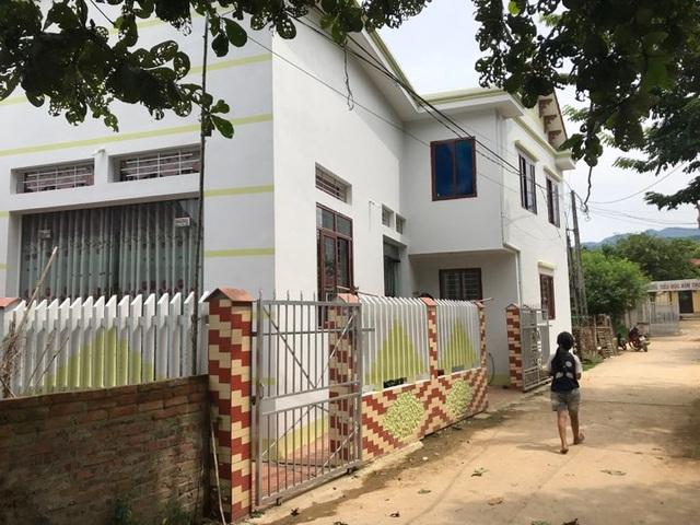 Căn nhà nơi y sĩ T. dùng để khám chữa bệnh cho người dân tại xóm Chiềng 3, xã Kim Thượng (Ảnh: Trần Thanh).