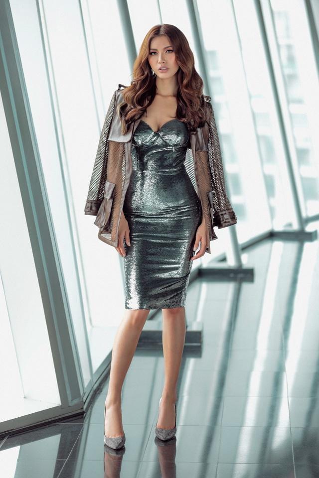 Siêu mẫu Minh Tú mặc gợi cảm lên đường dự Asia's Next top Model   Báo Dân  trí