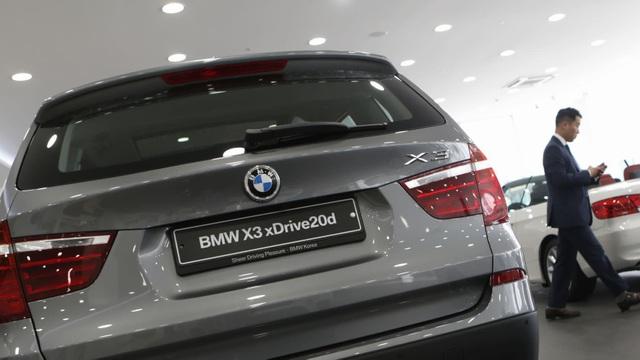 Hàn Quốc cấm hàng chục nghìn xe BMW ra đường - 1