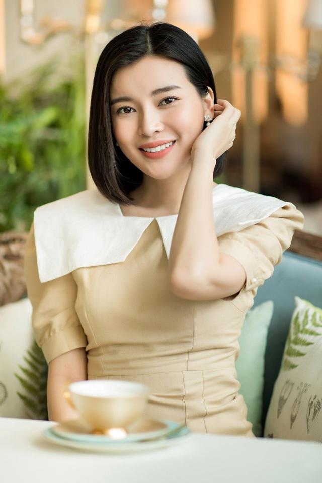 Từ cô gái non nớt và chưa có chỗ đứng trong showbiz, hiện nay Cao Thái Hà là nhân vật đắt show phim ảnh và sự kiện tại thành phố Hồ Chí Minh.