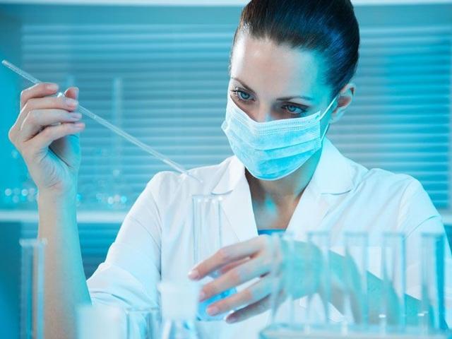 Vi rút HIV sống được bao lâu khi ở ngoài cơ thể? - 3