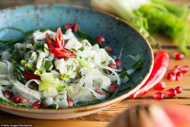 """Món """"ceviche"""" ở Lima, Peru, đứng thứ 11. Đây là một trong những món ăn nổi bật nhất ở đất nước Peru."""