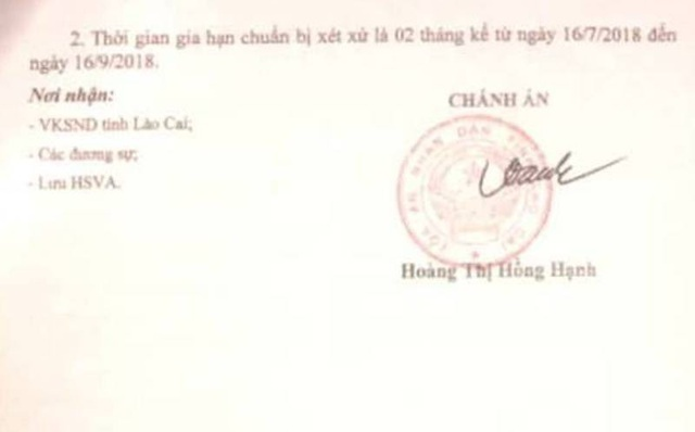 Gia hạn thời hạn chuẩn bị xét xử vụ án người dân kiện Chủ tịch tỉnh Lào Cai ra tòa - Ảnh 2.