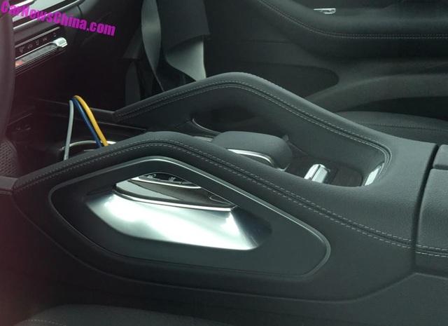 Hé lộ hình ảnh nội thất Mercedes-Benz GLE thế hệ mới - 4