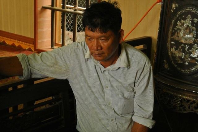 Ông Đoàn Văn Thạnh buồn bã khi nhận kết quả từ phiên tòa