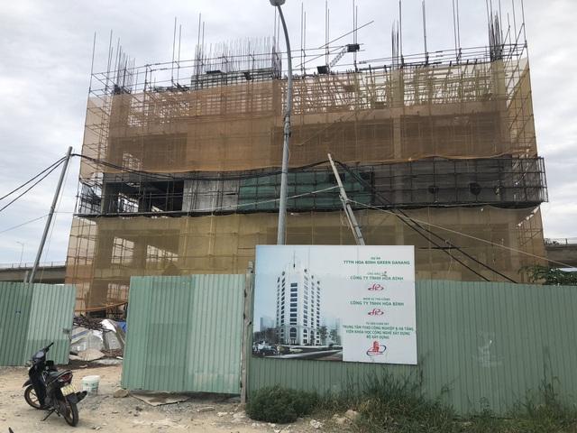 Công trình Trung tâm thương mại Hoà Bình Green Đà Nẵng đang xây dang dở thì dừng thi công