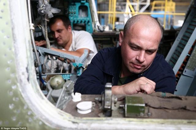 Máy bay ném bom chiến đấu hiện đại Tu-22M3M dự kiến sẽ sẵn sàng bay thử vào cuối tháng 8. Đây là phiên bản nâng cấp mạnh mẽ từ phiên bản Tu-22M3. Hiện Nga có hơn 100 chiếc Tu-22M3 trong kho vũ khí và máy bay này đóng góp hiệu quả cho thành công của nhiều nhiệm vụ tác chiến hỗ trợ chính phủ Damascus tại Syria thời gian qua.