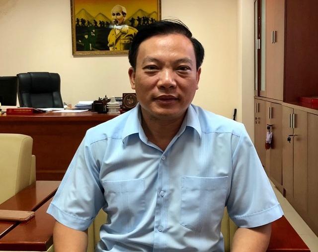 TS.BS Hoành Đình Cảnh cho rằng chưa có cơ sở để khẳng định đường lây truyền HIV là do Y sĩ Th. gây ra. Đã có những bệnh nhân HIV ở đây chuyển sang giai đoạn AIDS. Ảnh: H.Hải