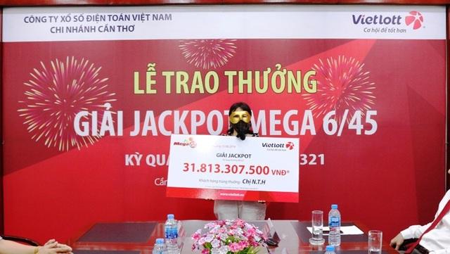 Chị N.T.H ngụ tại Cần Thơ trúng độc đắc (Jackpot) hơn 31,8 tỷ đồng.