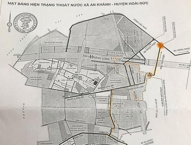 Phương án hút nước qua kênh Đồng Tép và kênh Liên tỉnh rồi đổ ra sông Cầu Ngà được cho là tối ưu nhất, giải quyết được rốn ngập. Vị trí đặt máy bơm là điểm màu cam trên bản đồ.