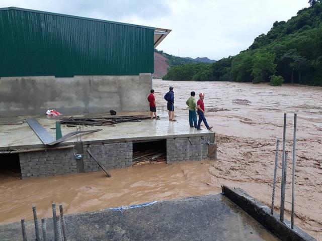 Đồng thời, tỉnh Nghệ An cũng đề nghị Chính phủ cho lắp thêm ra-đa theo dõi thời tiết đặt tại huyện miền núi Kỳ Sơn nhằm phục vụ cho công tác dự báo thời tiết ở hệ thống sông Cả.