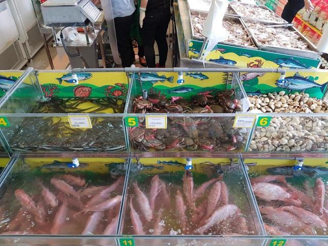 Các loại thịt cá và hải sản tại Bách hóa Xanh lúc nào cũng được giữ tươi sống như khi mới đánh bắt.