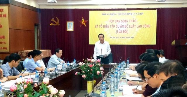 Bộ trưởng Đào Ngọc Dung nhận định về các nội dung trọng Bộ luật Lao động sửa đổi. (Ảnh: H.M)
