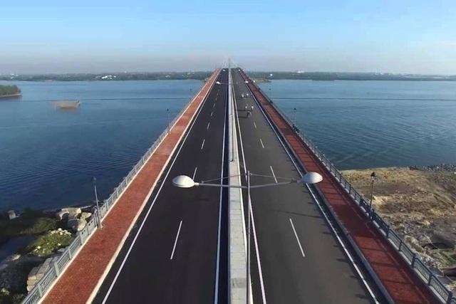 Cầu Cửa Đại (Hội An) đến Khu kinh tế mở Chu Lai (huyện Núi Thành)