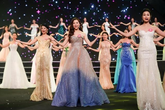 Nguyễn Thị Huyền gây kinh ngạc khi hát tiếng Anh như ca sĩ chuyên nghiệp - 11