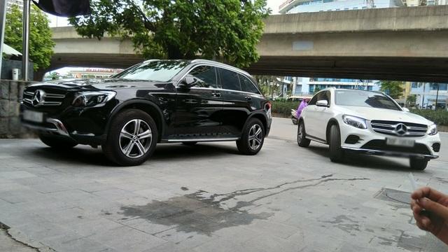 Lo nước lọt vào cầu trước, khách hàng ồ ạt đưa Mercedes-Benz GLC đi 'khám bệnh' - 1