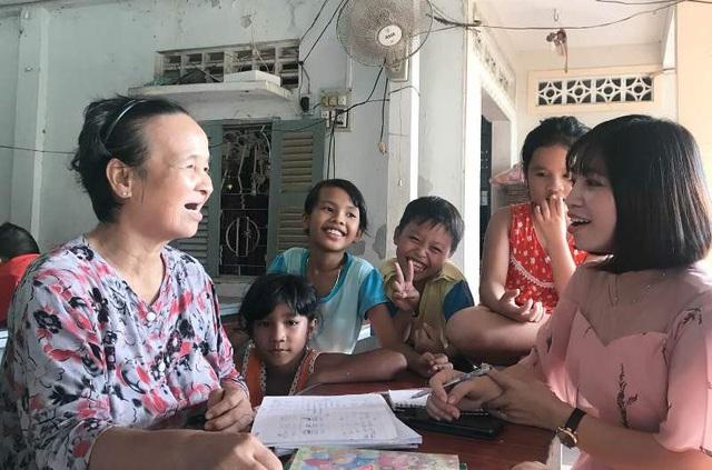 Ở lớp học của cô Son lúc nào cũng rộn rã tiếng cười