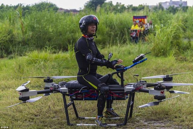 Scooter bay của nhà phát minh Trung Quốc giá chưa đến 170 triệu đồng - 8
