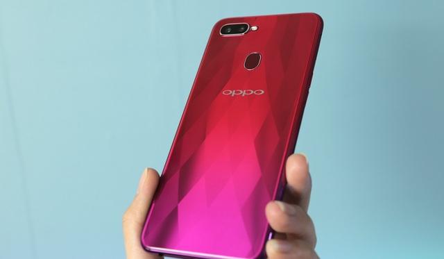 Loạt smartphone mới vừa tung ra thị trường tại Việt Nam - 3