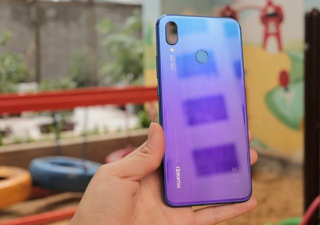 """Huawei Nova 3i """"đọ"""" Oppo F9: Kẻ tám lạng người nửa cân - 7"""