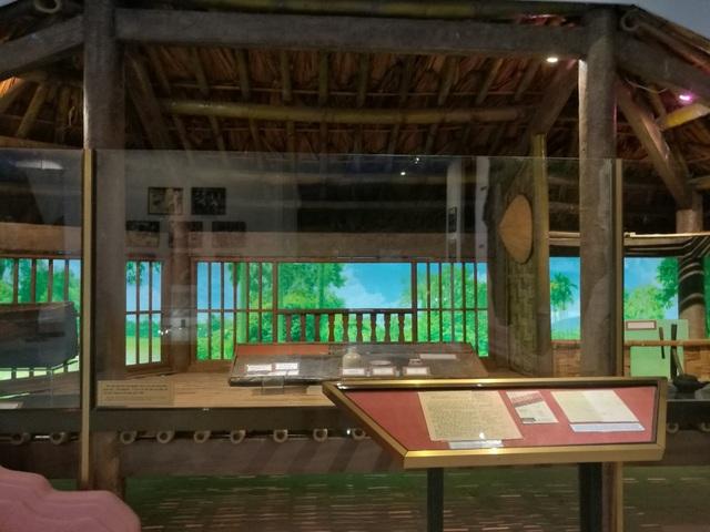 Ngôi nhà sàn ở chiến khu Việt Bắc nơi Bác Tôn sinh sống.